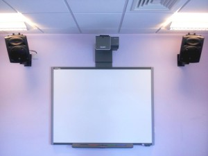 Studio-2-Whiteboard-and-Speakers (1)